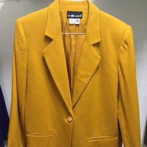 Size 10 Women's Blazer